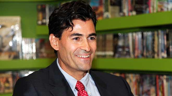 Adam Tanner, periodista.