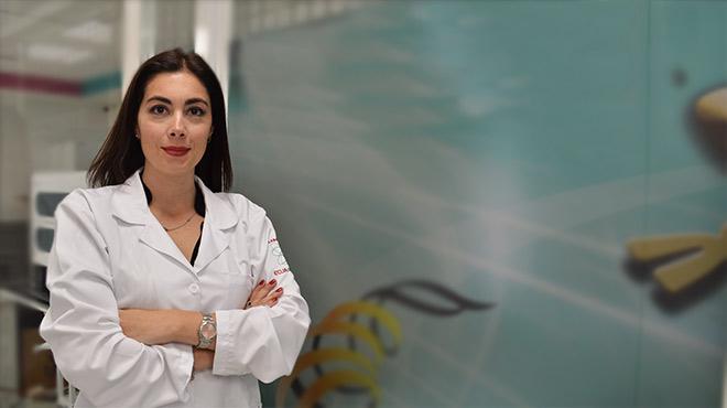 Adriana S�nchez, directora m�dica del Departamento de Patolog�a Molecular y Gen�tica de Laboratorios Ecua- American.