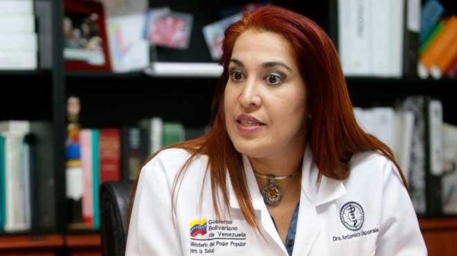 Antonieta Caporales, ministra de Salud.