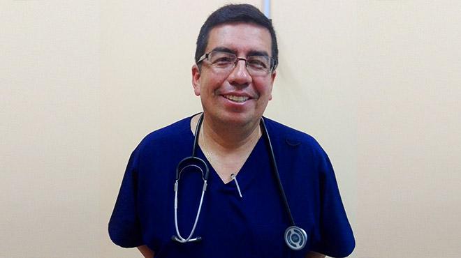Armando Ch�vez, m�dico ginecobstetra.