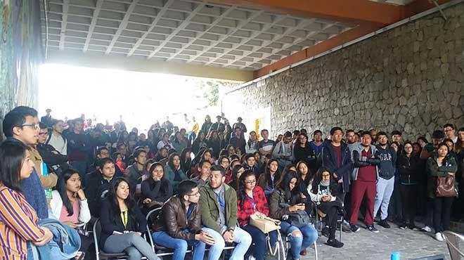 Asamblea estudiantil de AIR.