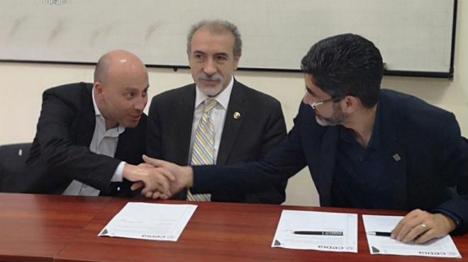 Felipe Abril, coordinador de la Zona 6  y 7 de la Senescyt, Patricio Barzallo, presidente de la RISAP, y Boris Coellar, director de Planificaci�n de CEDIA.