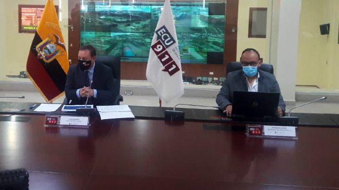 Juan Zapata y Esteban Arce, rueda de prensa COE Nacional.