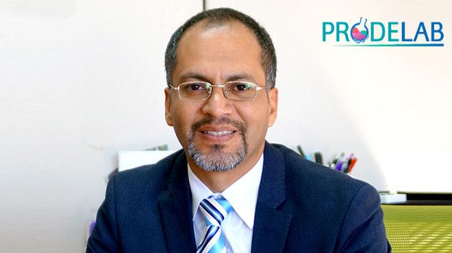 Carlos Ruiz, director m�dico de ROCHE Diagn�stica Ecuador.