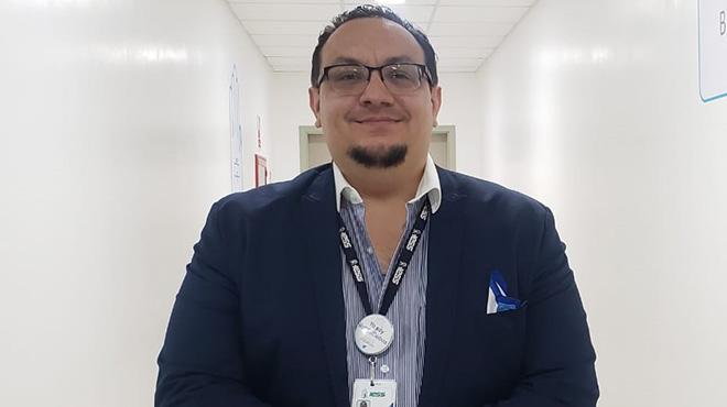 Carlos Sol�s, Hospital Los Ceibos.
