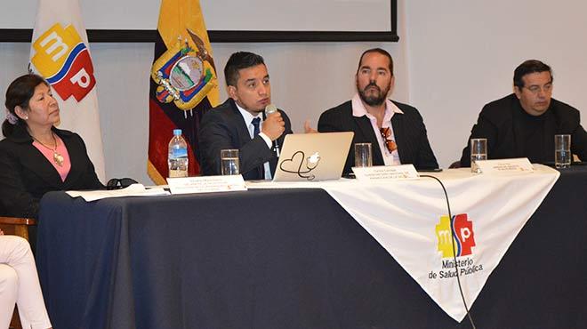 Silvia Mancheno (UCE), Carlos Carvajal (MSP), Carlos D�az (MSP) y Ernesto Kruger (Kruger)