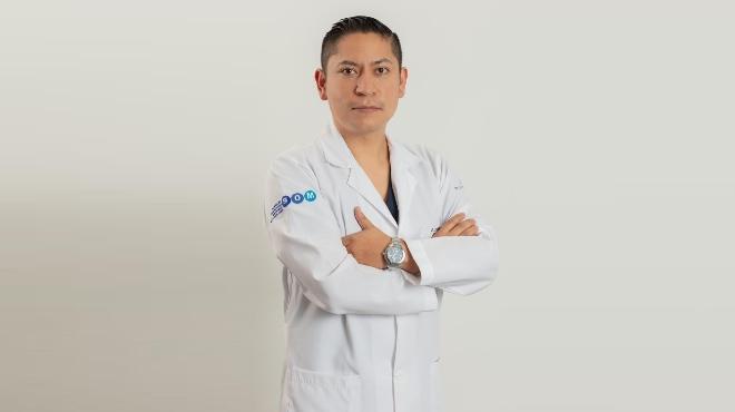 Christian Benavides, director m�dico del Holding de Cl�nicas.