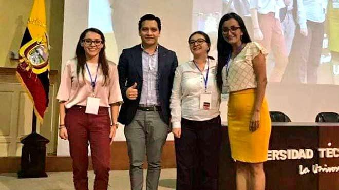 Profesionales del Hospital B�sico El Puyo.