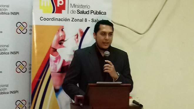 David Jarrin, analista de la Coordinaci�n Zonal 8 de Salud