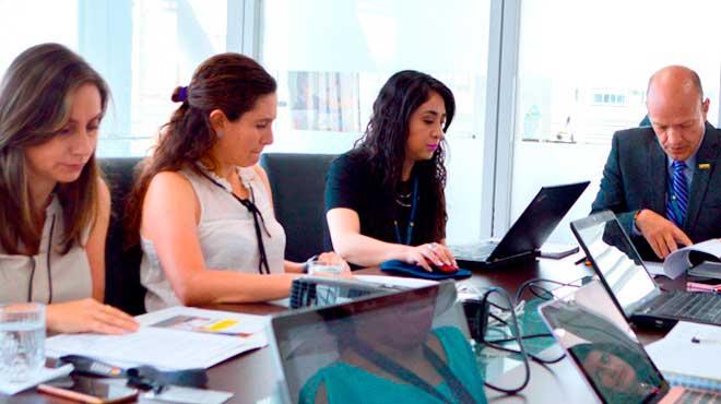 Reuni�n de trabajo entre representantes de Acess y Unicef.