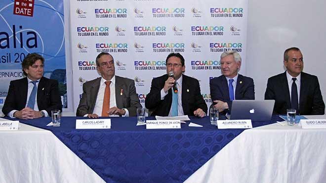 Carlos Abella, Carlos Lazary, Enrique Ponce De León, Alejandro Rubín y Guido Calderón.