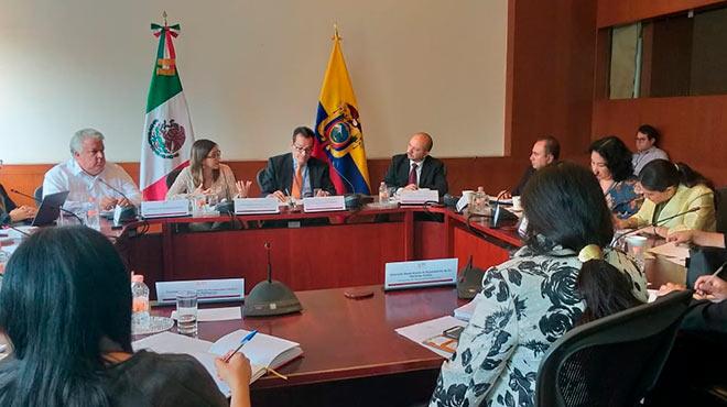 Autoridades y expertos en salud de los estados miembros de las Am�ricas en el marco de 'Alma- Ata'.