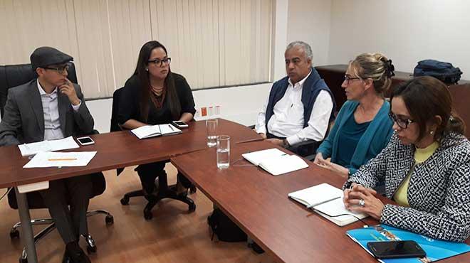 Reunión entre funcionarios del MSP y OPS/OMS.