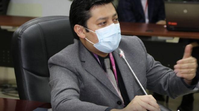 Francisco P�rez, director metropolitano de Pol�ticas y Planeamiento de la Salud.