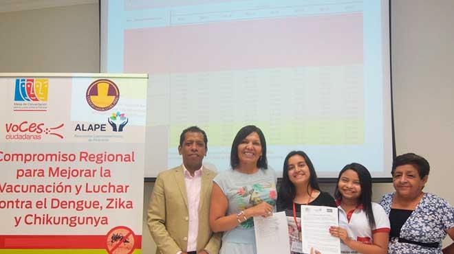 Delegados de Ecuador y Per�.