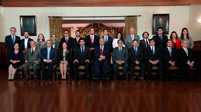 Presidente Len�n Moreno junto a al Gabinete.