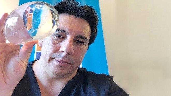 Napole�n Salgado, especialista en Cirug�a Bari�trica.