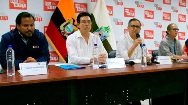 Itamar Rodr�guez, Fander Falcon�, Augusto Barrera y Berenice Cordero.