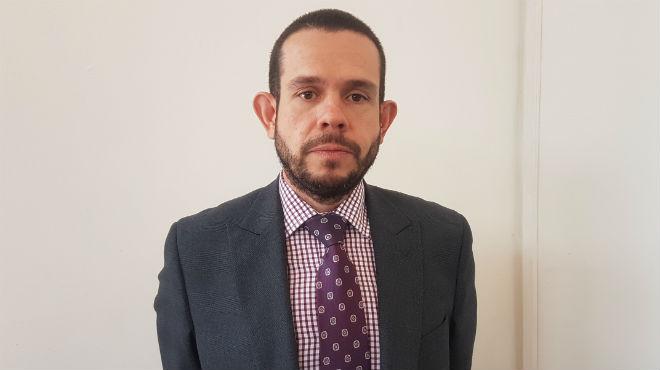 Juan Pablo Alb�n, abogado de Carlos L�pez.
