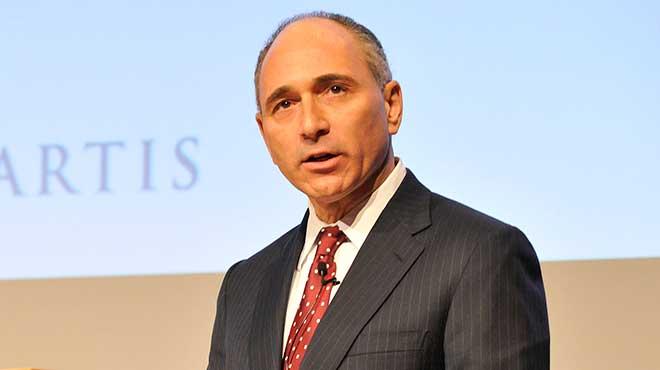 Joseph Jimenez, director de Novartis.