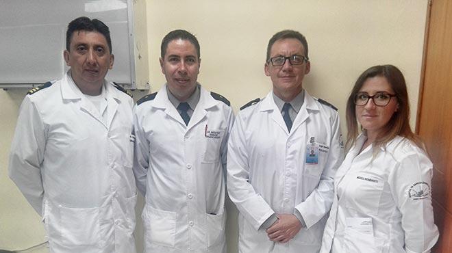 Alberto Betancourt, Marco Ruiz, Jorge Huertas y Stephanie C�lleri, especialistas del Hospital de Especialidades Fuerzas Armadas No.1.