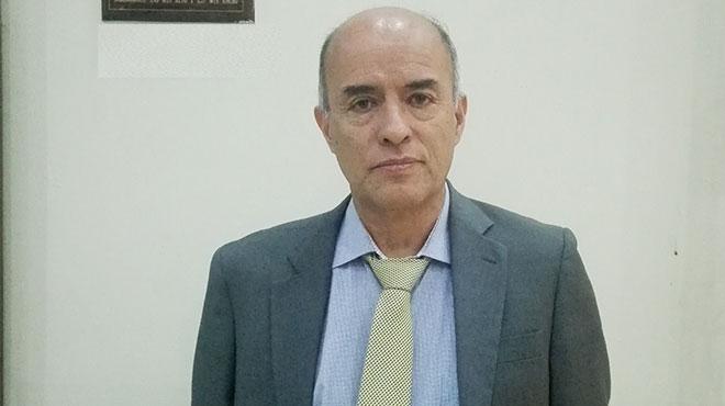 Jorge V�lez, m�dico intensivista del HEEE