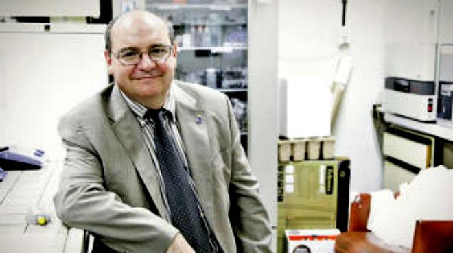 Jos� Manuel Pingarr�n, catedr�tico de la UCM.