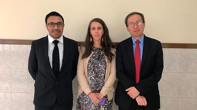Diego Jim�nez, presidente YES Ecuador, Daniela Di Capua, l�der de Servicio en HEE y Jorge Moncayo, presidente de LECE.