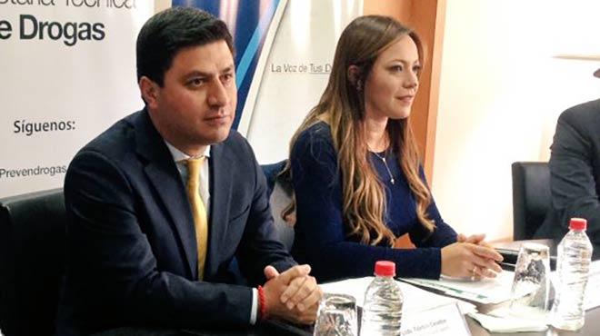 Fabricio Cevallos (SECOM) y Ledy Z��iga Rocha (SETED)
