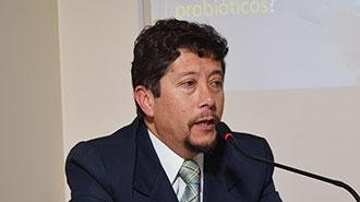Luis Alberto Bassante da su opini�n sobre c�mo los probi�ticos pueden complementar el manejo de las enfermedades.