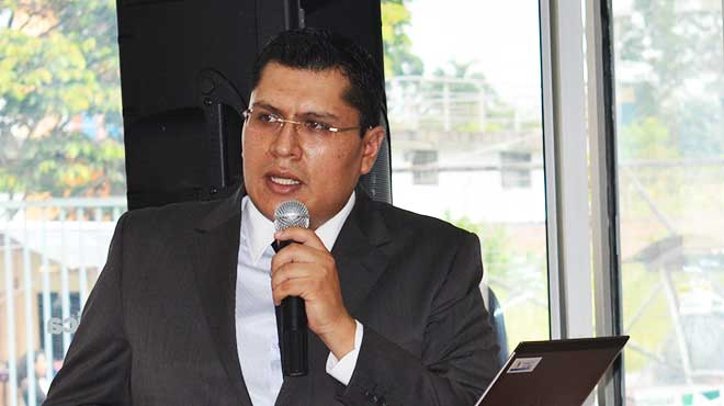 Marco Villegas, gerente del Hospital General de Macas