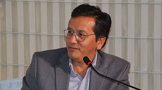 Manuel Balde�n comenta c�mo se establece la microbiota en cada individuo.