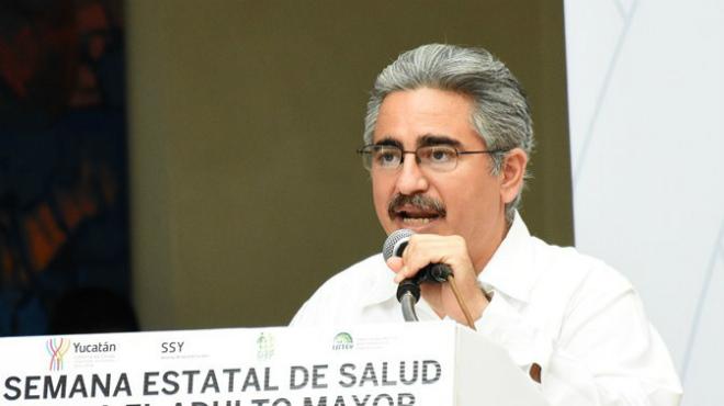 Manuel Jesús Paredes Aguilar, Secretaría de Salud en México.