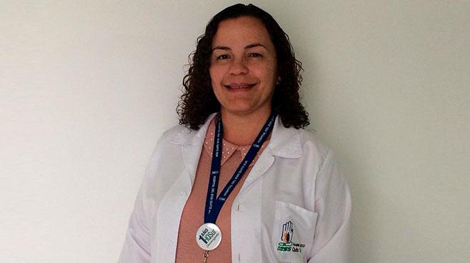 Mar�a Alejandra Garc�a, pediatra ? infect�logo del HQSUR.