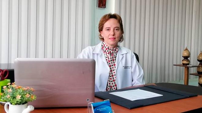 Mar�a de los �ngeles Silva, presidente de la Sociedad Ecuatoriana de Gastroenterolog�a Cap�tulo Pichincha.