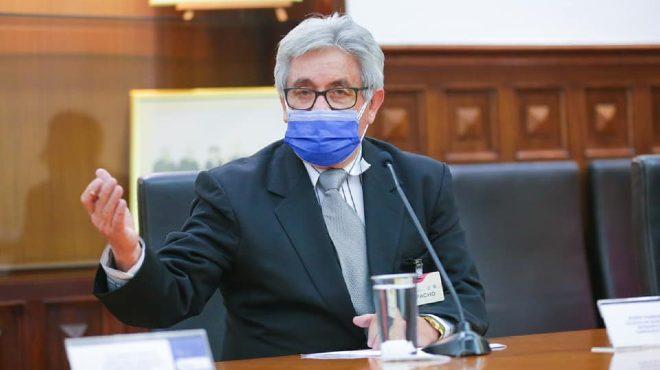 Mario Palacios P�rez, presidente de la Federaci�n Nacional de Qu�micos Farmac�uticos, Bioqu�micos Farmac�uticos del Ecuador.