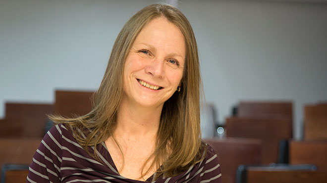 Michelle Grunauer, decana de la Escuela de Medicina de la USFQ