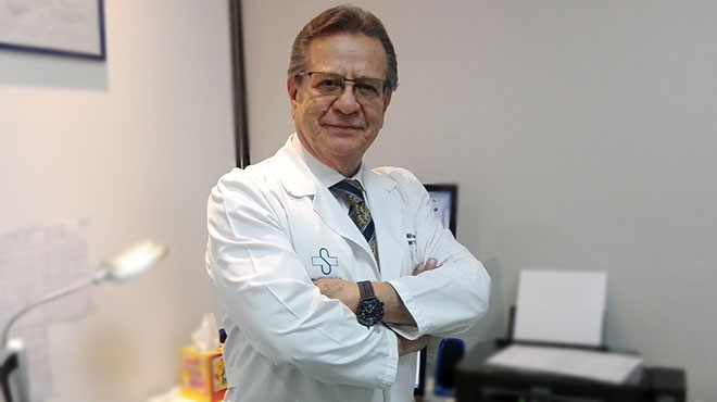 Milton Jij�n, especialista en Gen�tica.