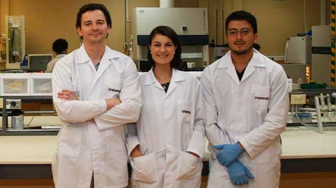 Christian Mar�n, Marianne H�tt y Osvaldo Vega.