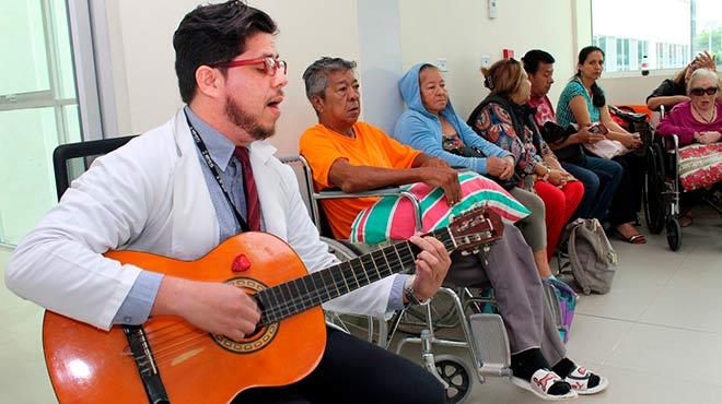 El �rea de Psicolog�a Cl�nica del Hospital Los Ceibos ofrece servicios de musicoterapia.