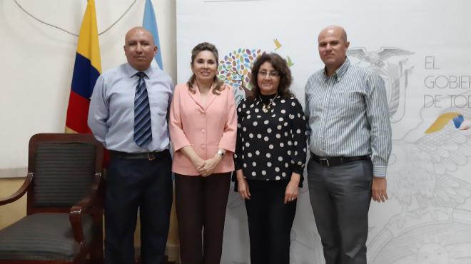 Autoridades del INSPI y SAE inaugurando el curso de capacitaci�n en Guayaquil.