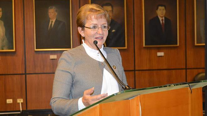 Norma Vallejo, asamble�sta.