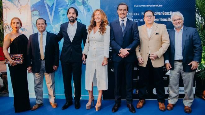 Pilar de Massoud, Hugo Villarroel, Eduardo Alc�var Gonz�lez, Mar�a Fernanda Gonz�lez, Ra�l Alc�var Gonz�lez, Juan Carlos Aveiga, y Walter Mor�n.