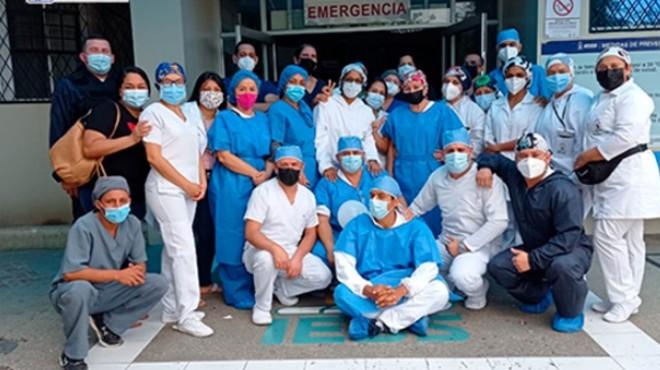Profesionales del Hospital General Portoviejo.