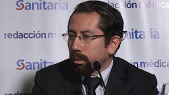 Pa�l Recalde, especialista en medicamentos del Sercop.