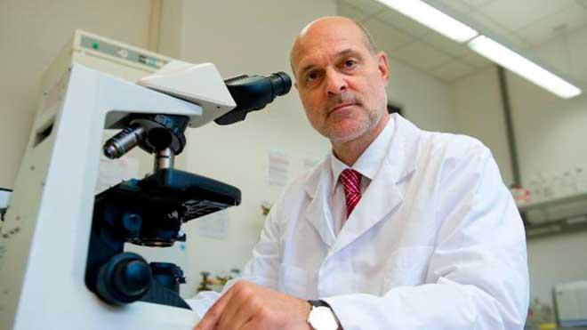Peter Kremsner, Instituto de Medicina Tropical de Tubinga.