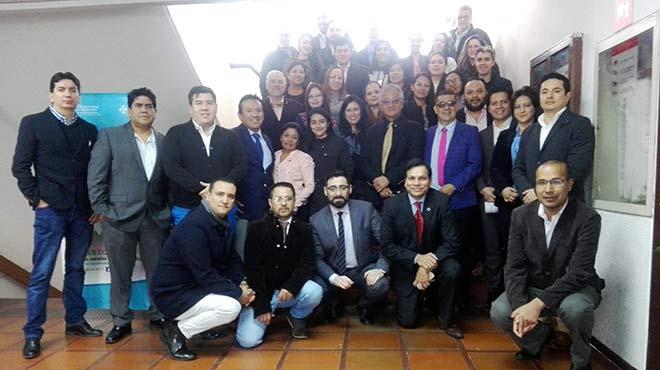 Profesionales de salud que asistieron al evento Primera Actualizaci�n Nacional de la Gu�a de Manejo de Pie Diab�tico.