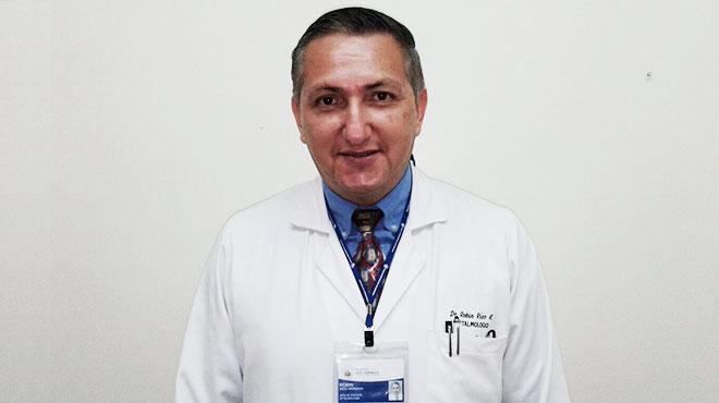 Rob�n R�os, Hospital Luis Vernaza.