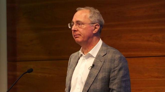 Roger M. Perlmutter, presidente de los laboratorios de investigaci�n Merck.