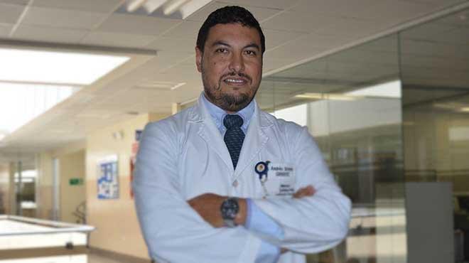 Andrés Sotomayor, dirigente de la Red de Profesionales de la Salud.